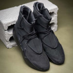 "Nike FOGとのコラボ最新作は ""漆黒""の「Air Fear of God 1 Triple Black」が登場!抽選まとめ"